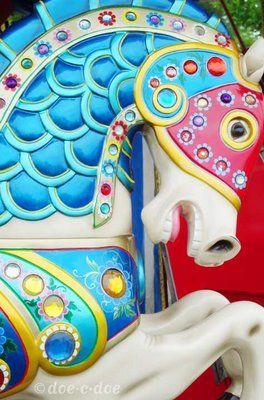 luluzinha kids ❤ parque de diversões - carousel horse