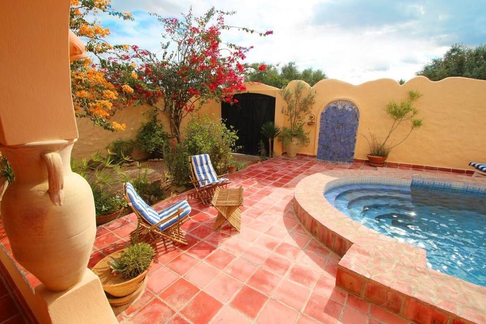 Location vacances maison Djerba Terrasse piscine, douche extérieure - location saisonniere avec piscine privee