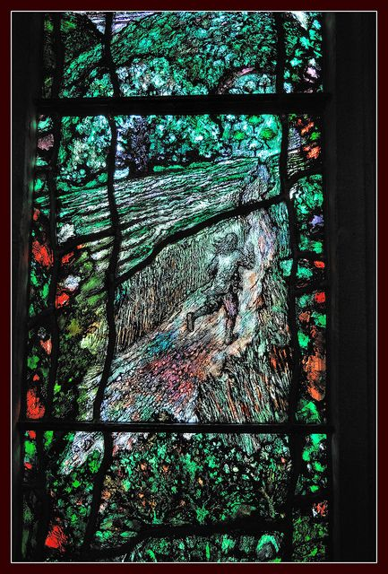 Stained Glass Window Hereford Cathedral Tiffany Stained Glass Stained Glass Windows Stained Glass Paint