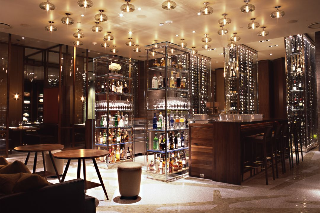 Luxury Bar, Restaurant Lounge