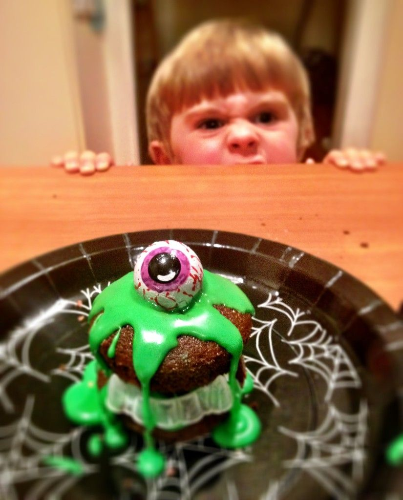 #halloween Monster Slime Cakes  Super Easy To Make And Super Fun For Kids!