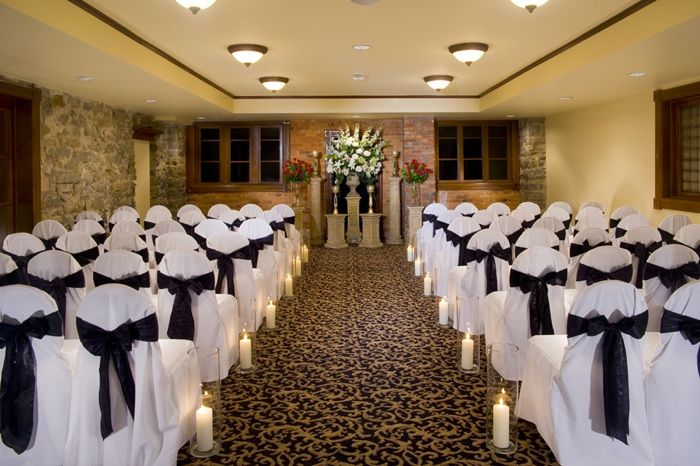 Great space for a small and intimate wedding the pompeii for Small intimate hotels