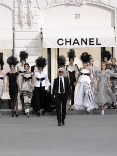 Chanel - KarlLagerfeld Black Fashion