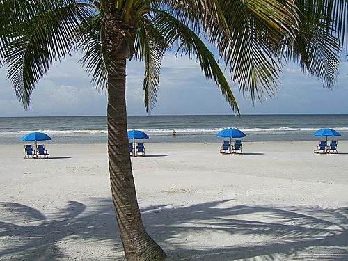 Perfect Beach Chairs U0026 Umbrella Rentals Ft. Myers Beach Florida