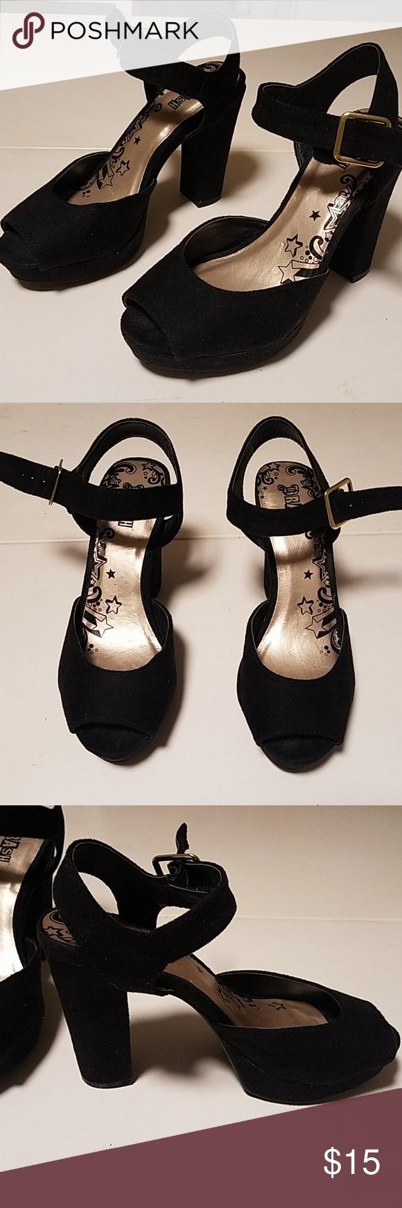 12950ec9551 💲⬇️Brash black platform heels Brash black platform heels