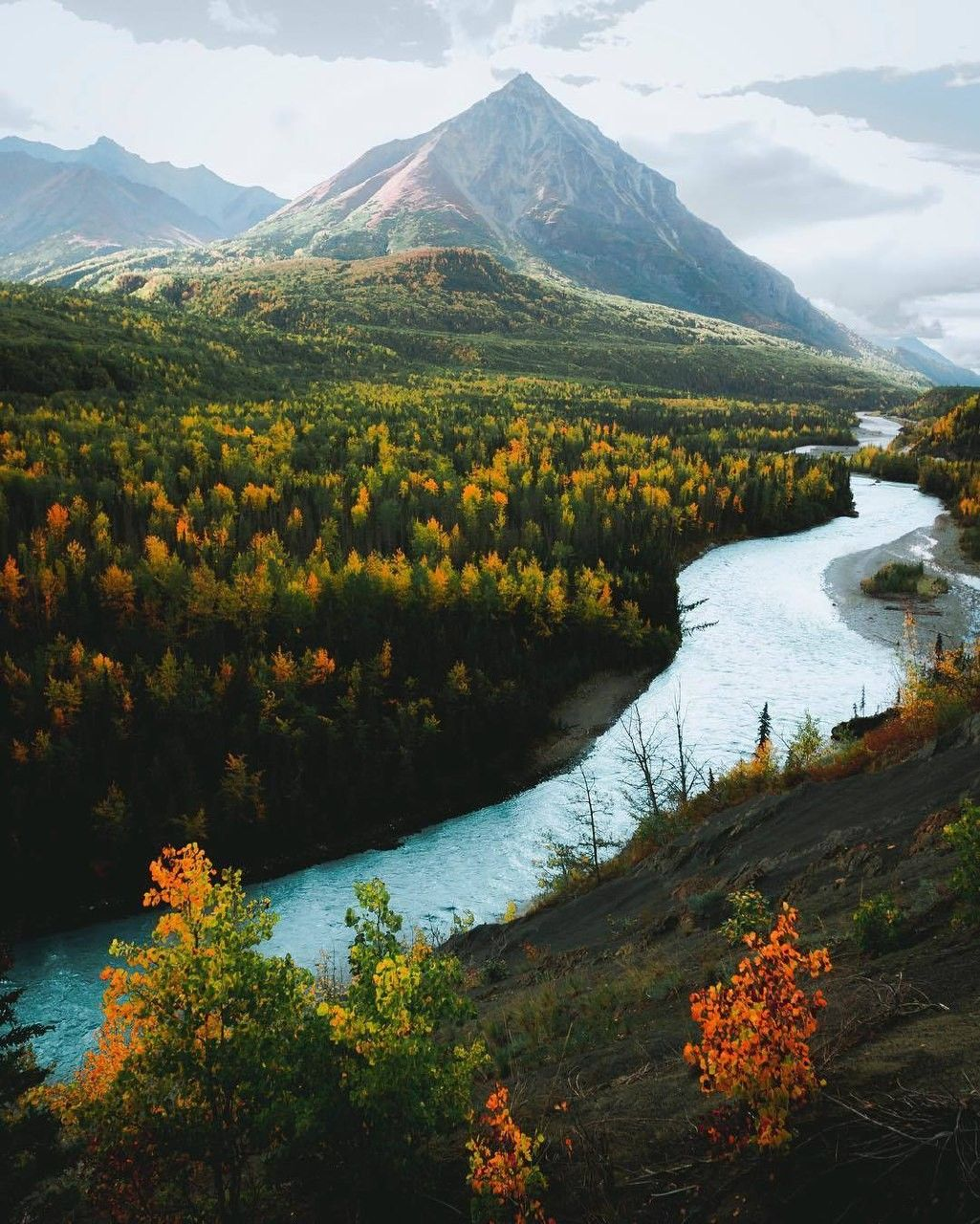 Picture Perfect River Through The Mountains Beautiful Photography Nature Nature Photography Fall Photography Nature