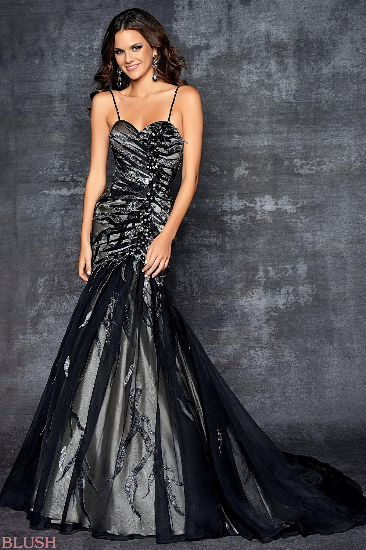 Rock the party in this formal prom dress pure elegance in this