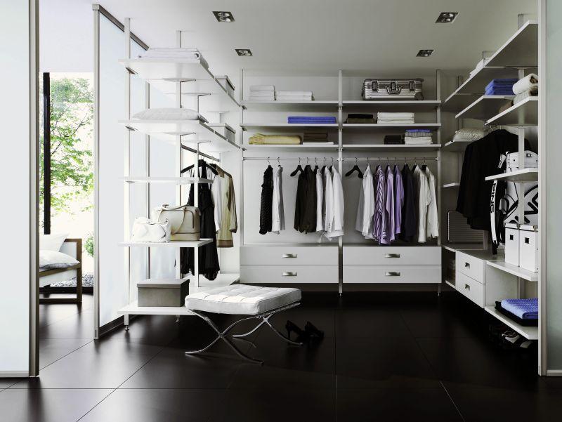 Perfect Begehbarer Kleiderschrank offenes Schranksystem in schwarz und wei raumplus