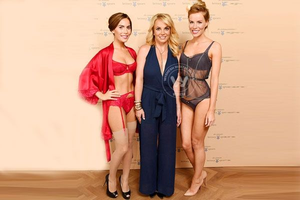 Guess which celeb does Britney Spears wants to wear her lingerie http://www.wishesh.com/hollywood/hollywood-hot-gossips/39674-guess-which-celeb-does-britney-spears-wants-to-wear-her-lingerie.html  Pop diva Britney Spears is busy globetrotting now, trying to endorse her recently launched lingerie line called Intimate Britney Spears.