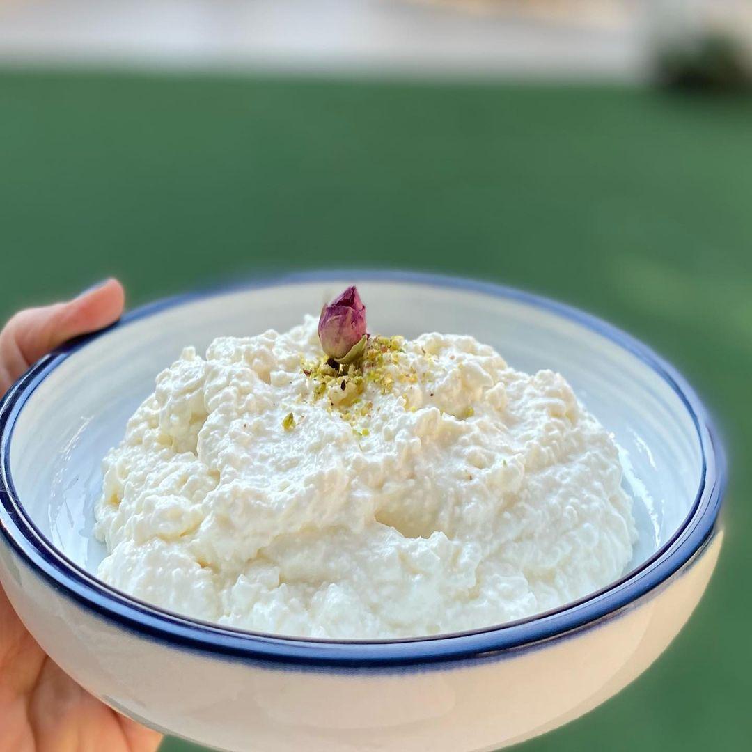 Rania Issa On Instagram القشطة المنزلية قشطة By Rania By Rania Issa قشطة سهلة ولذيذة ونفس قوام قشطة المحلات اهم شي تستعملوا ح Dessert Recipes Food Recipes