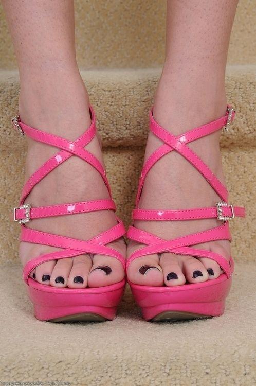 Feet Fetish  Heels  Sexy Feet, Heels, Cute Toes-7035