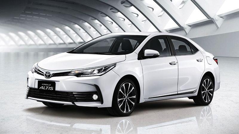 Hình ảnh chi tiết xe Toyota Altis 2018 tại Việt Nam, phiên bản mới sở hữu thiết kế thể thao, trang bị ca cấp giúp tăng sức cạnh tranh với Mazda 3, Honda Civic...