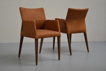 Esszimmerstühle Leder Braun guariche chaise tonneau édition steiner simili cuir noir 1950