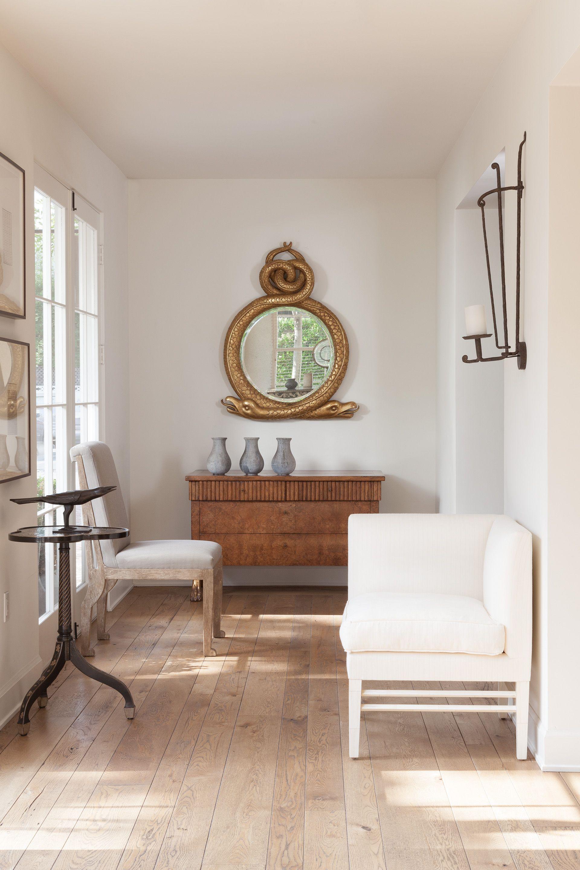 Innenarchitektur wohnzimmerfarbe rose tarlow serpentine snake mirror  neutrale farben