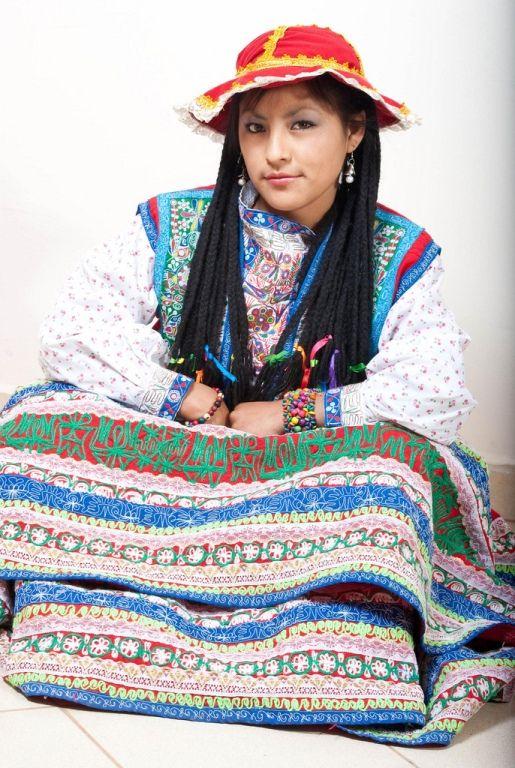 TRAJES TIPICOS DEL PERU Traditional Peruvian Dresses: Wititi y Carnaval (Arequipa)
