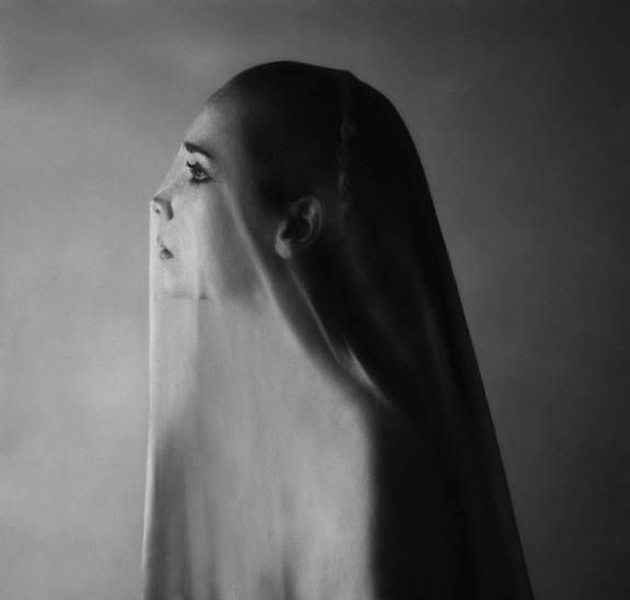 The dark elegant self portraits of noell oszvald