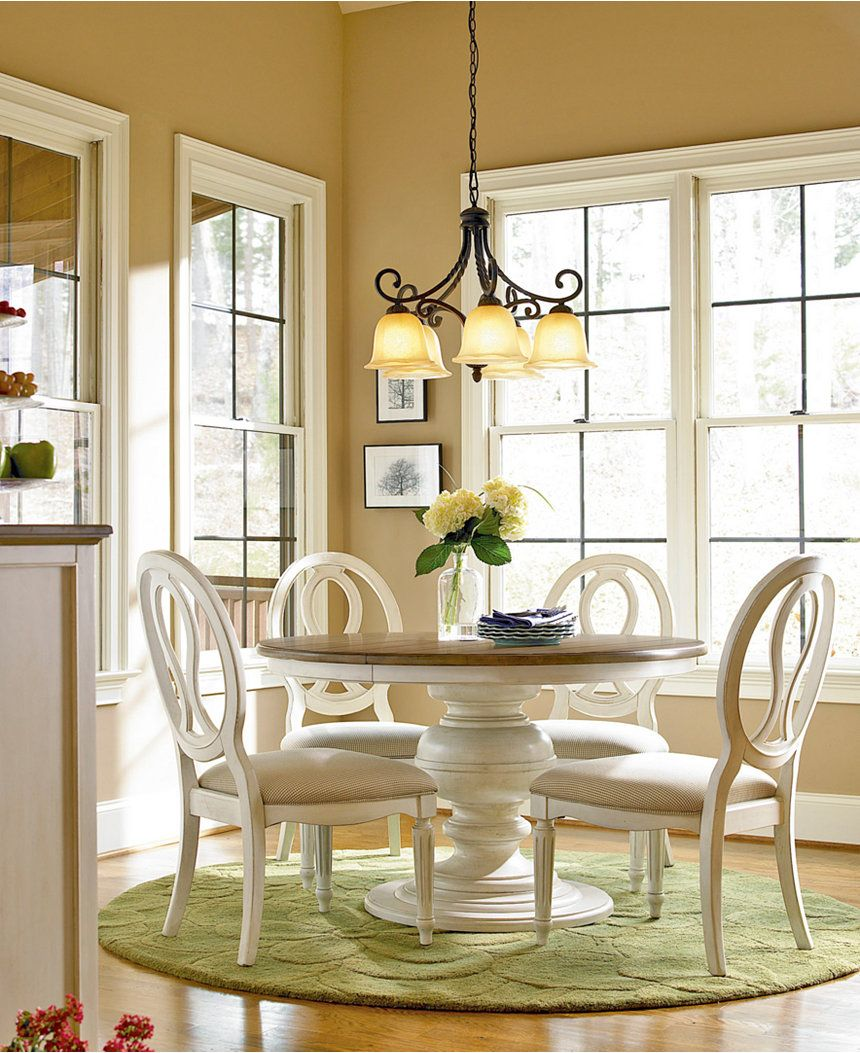Sag Harbor Round Dining Furniture 5 Pc Set Expandable Round