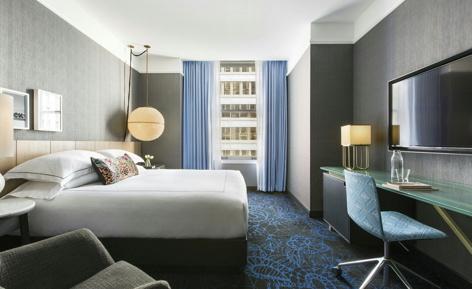 The Gray, Chicago Stylish room, Chicago luxury hotels