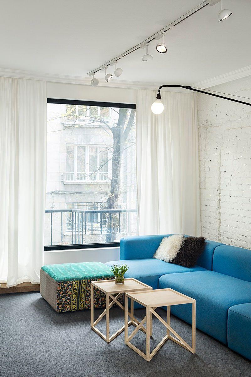 Apartamento colorido e com ótimas soluções para aproveitar o espaço - limaonagua