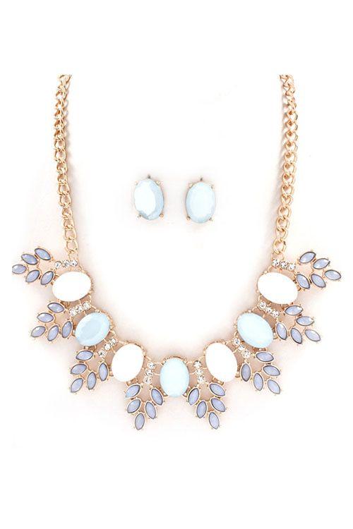 Grace Necklace Set in Aspen Blue//