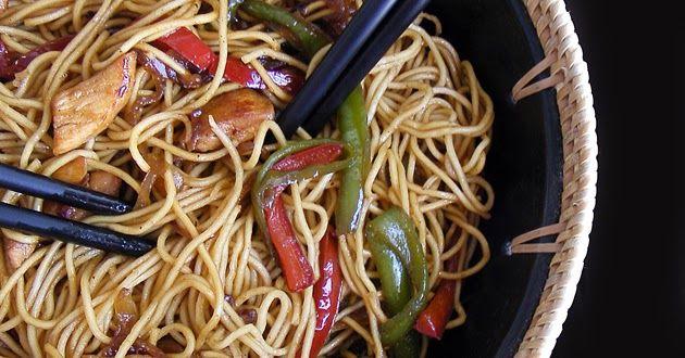 Pasta China Con Pollo Y Salsa De Soja Poultry Recipes Food Cooking