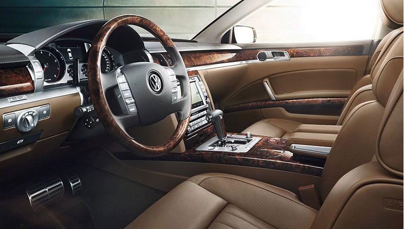 Vw Phaeton Eyes U S Drivers Again Volkswagen Phaeton Volkswagen Luxury Car Interior