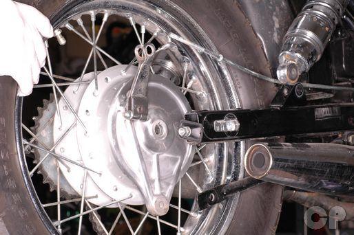 Honda Rebel 250 rear wheel removal | 1985-2009 Honda CMX250C Rebel ...