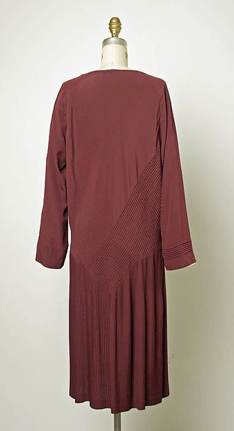 Dress (image 3 - back) | Madeleine Vionnet | French | 1926-27 | silk |  Metropolitan Museum of Art | Accession Number: C.I.45.103.2