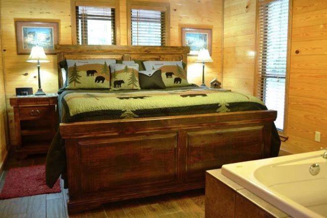 'Oak Ridge' strikes just the right balance between rustic and luxe