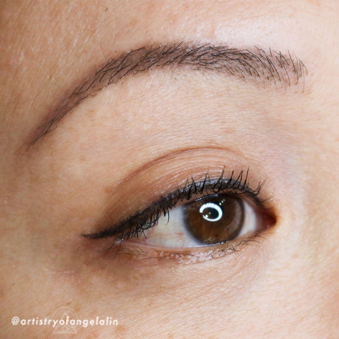 Eyeliner Tattoo 👁 Eyeliner tattoo permanent in 2020