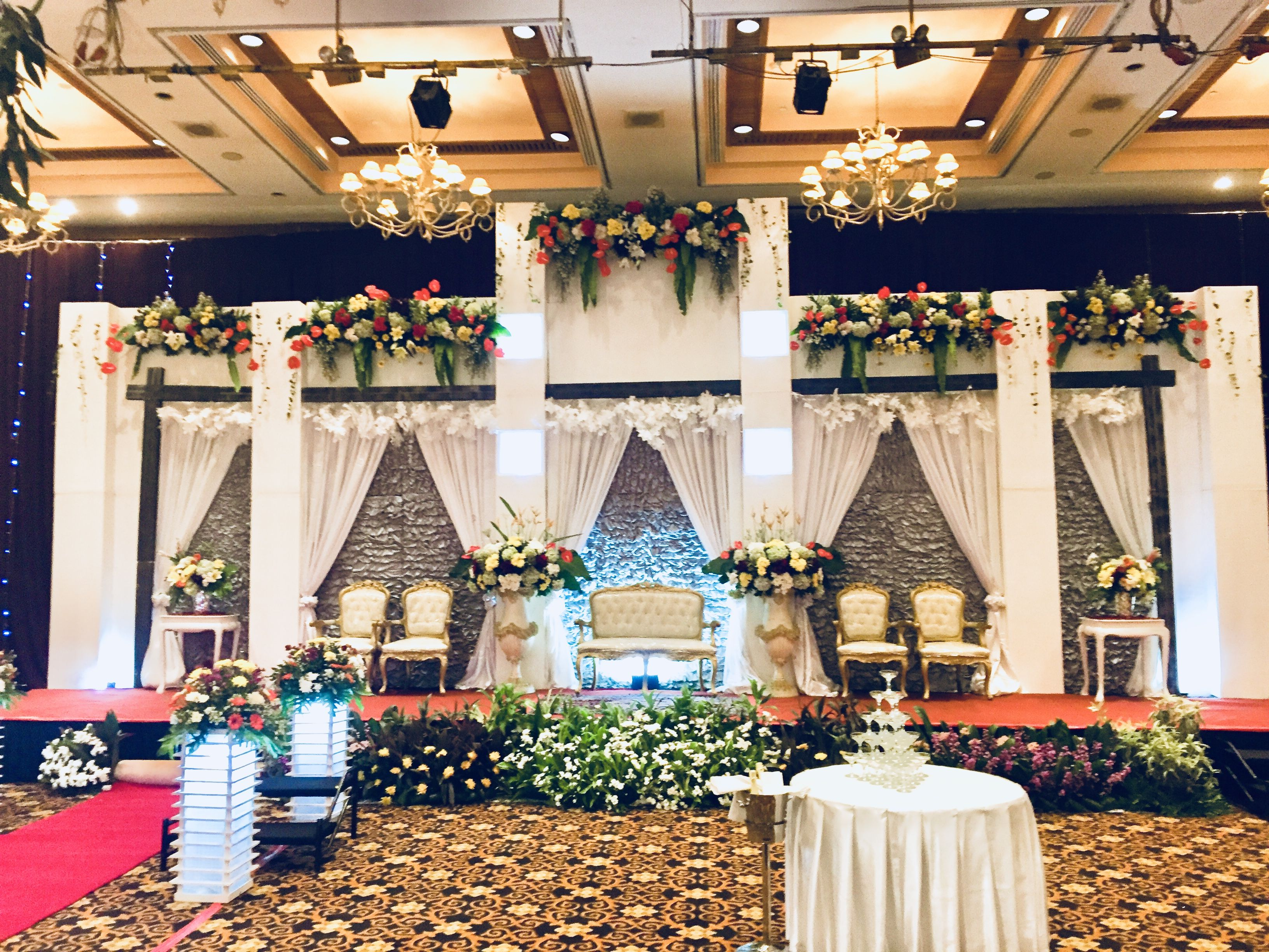 ISYE DEKORASI Rustic Wedding Decoration Vendor Dekorasi Pernikahan Pelaminan Rustic aryadutahotel aryadutahotel