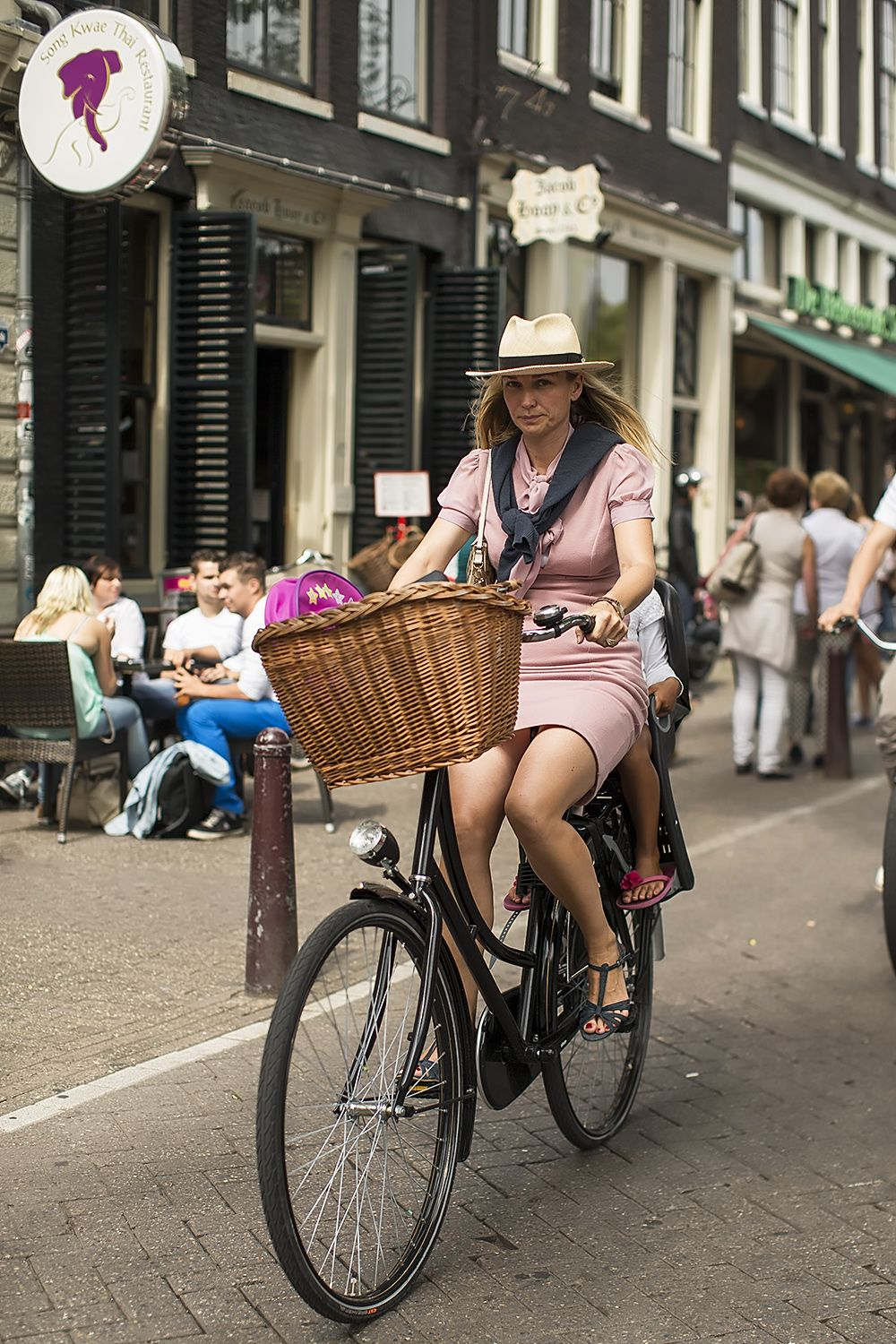 962e529e53 Sunday Cycle Chic In Amsterdam