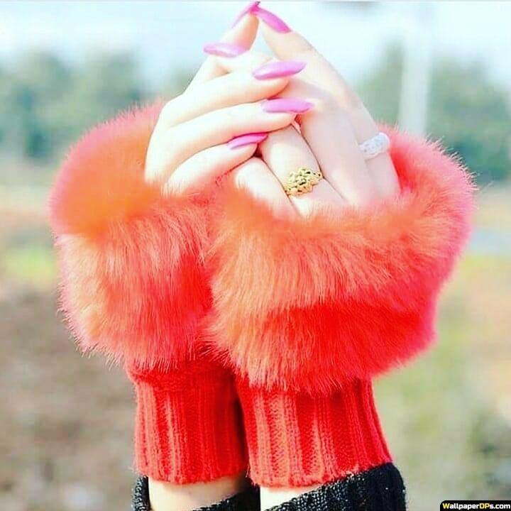 Cute Awesome Beautiful Hands Dpz Pic For Girls Fb In 2020 Dps For Girls Stylish Girl Images Girl Photography Poses 12 cute, small dog breeds we can't get enough of. pinterest