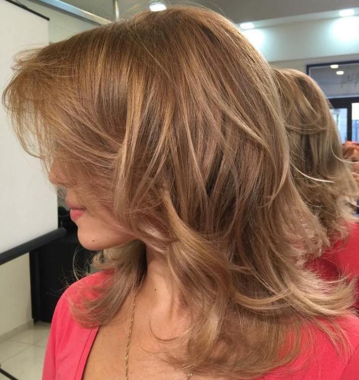 Cute Medium Hairstyles 37 Cute Medium Haircuts To Fuel Your Imagination  Medium Layered