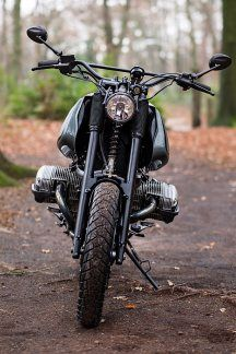 12_12_2016_BMW_R1100GS_Scramber_Moto_Adonis_Netherlands_custom_motorcycle_offroad_forest_autumn_dirt_04  - De Tall Bobeus BMW R1100GS is een beest - Manify.nl
