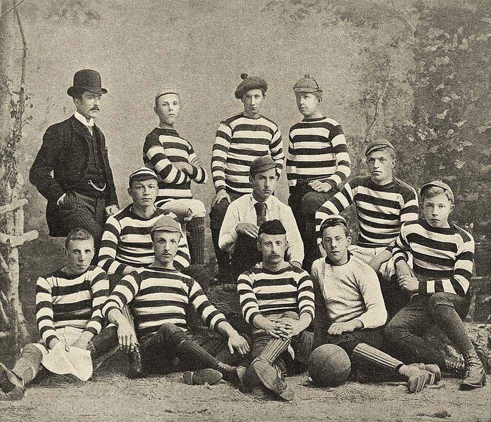 Elftal HFC uit Haarlem, eind 19de eeuw (?)