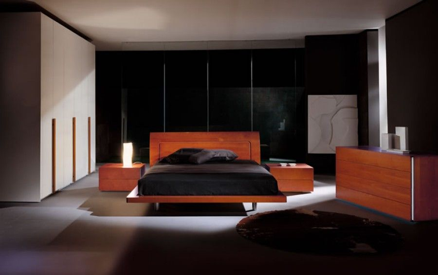 Great bedroom layout and style!