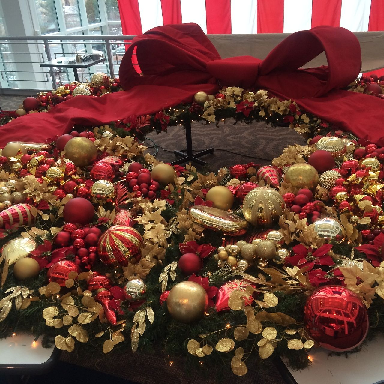 BEHIND THE SEAMS TUESDAYS We are getting ready to hang our holiday wreaths here at the home office! Check out our new tumblr page»