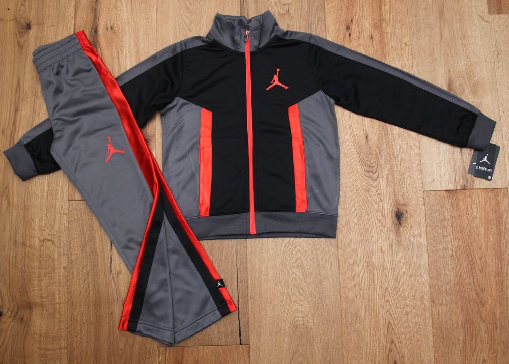26809cc1ab8295 Air Jordan Boy 2 Piece Jogging Set ~ Tracksuit ~ Gray