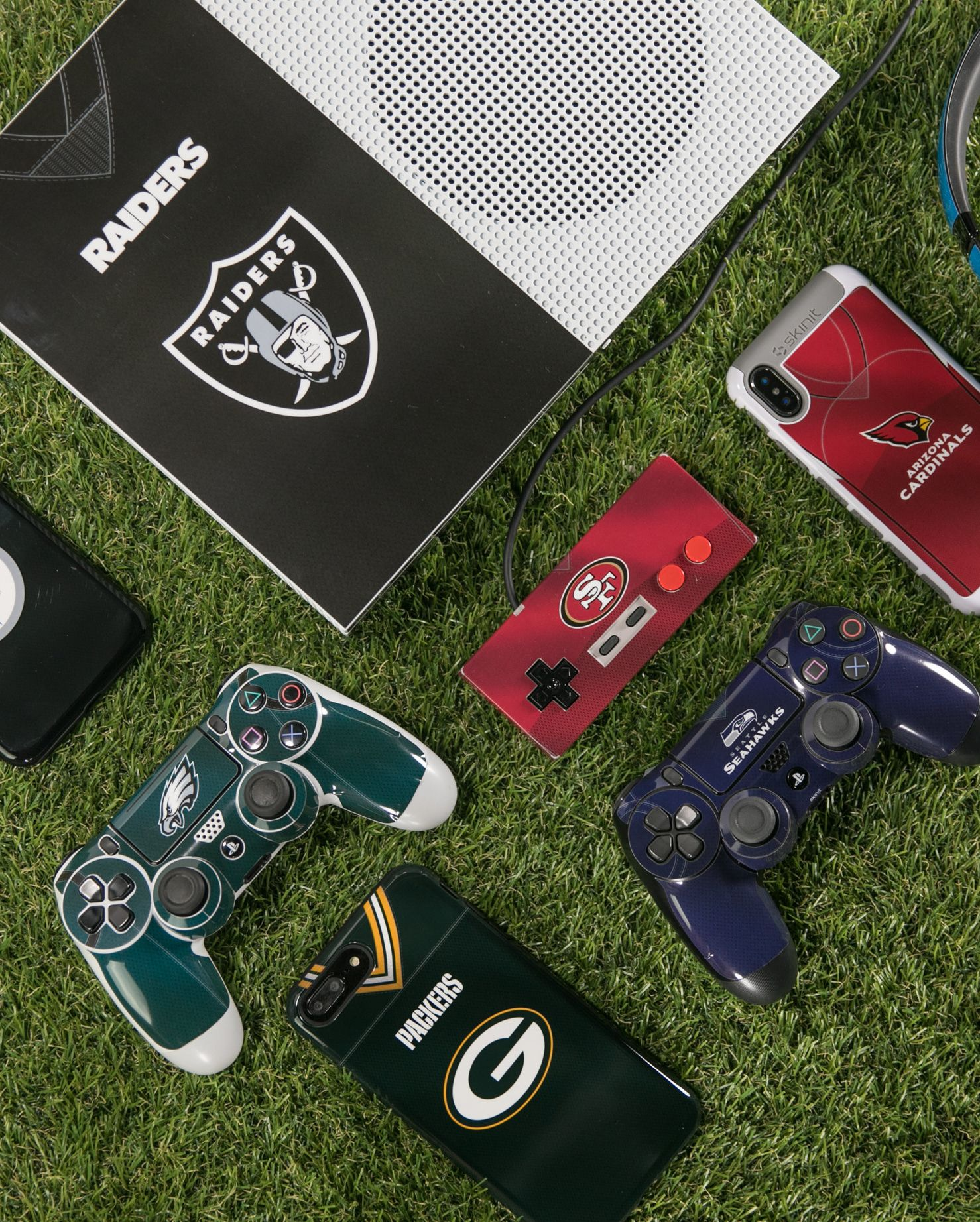 Check Out All My Nfl Ps4 Controller Concept Green Bay Packers Design Packers Playstation Nfl Greenbay Greenbaypackers Ps4 Controller Nfl Gaming Products