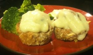 """Paleo Meatloaf Cupcakes topped with Cauliflower Mashed """"Potato"""" Frosting"""