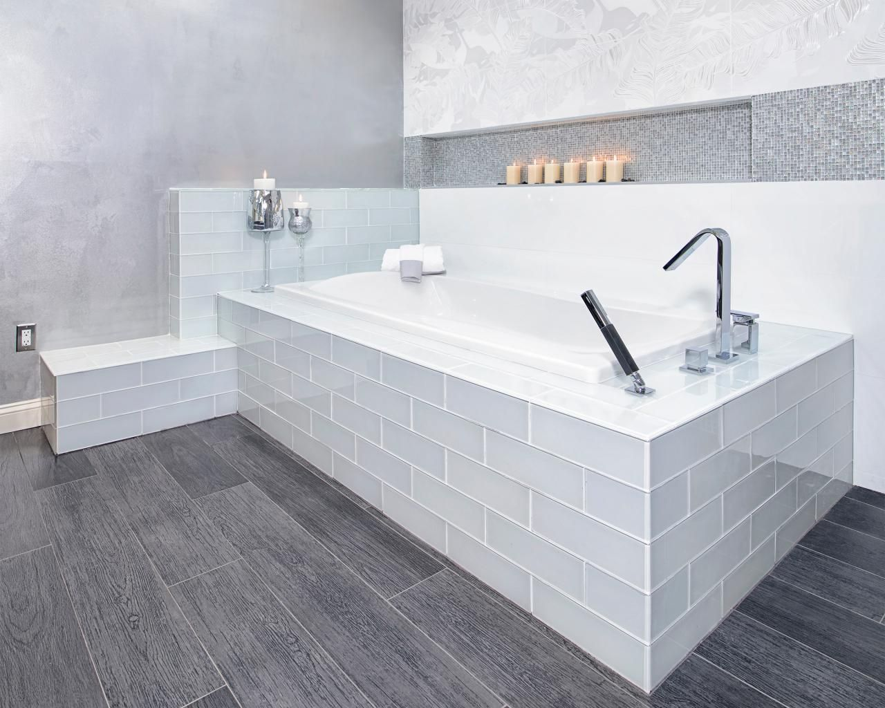 Cool Modern Grey Wood Patterned Vinyl Floor Tile For Bathroom ...