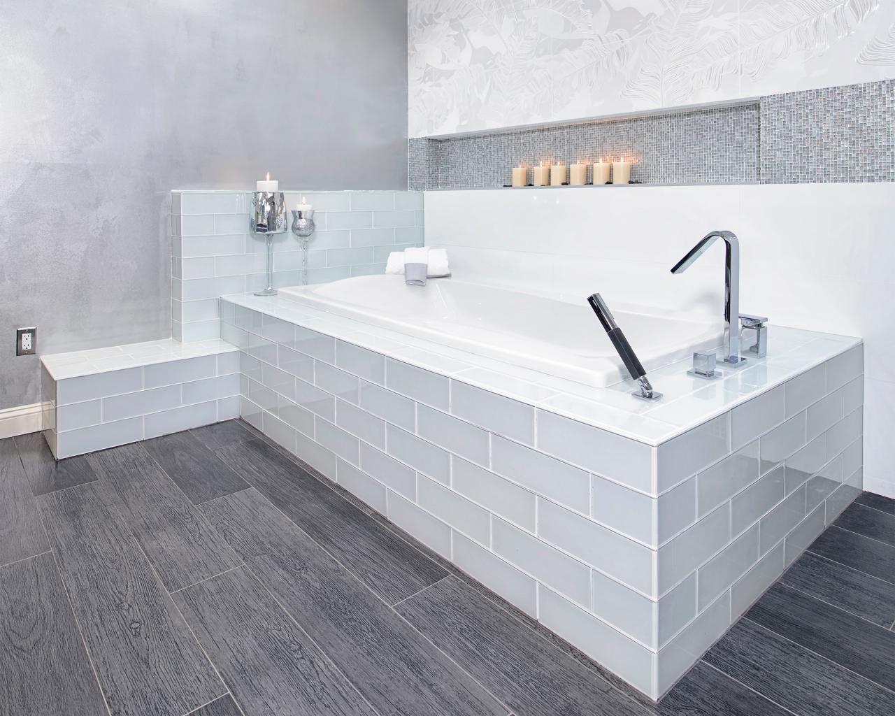 Cool Modern Grey Wood Patterned Vinyl Floor Tile For
