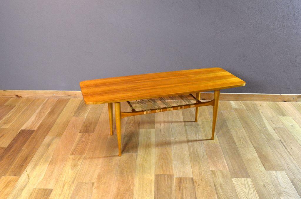 Table Basse Scandinave En Noyer Blond Vintage 1960 Table Basse Scandinave Table Basse Et Mobilier De Salon