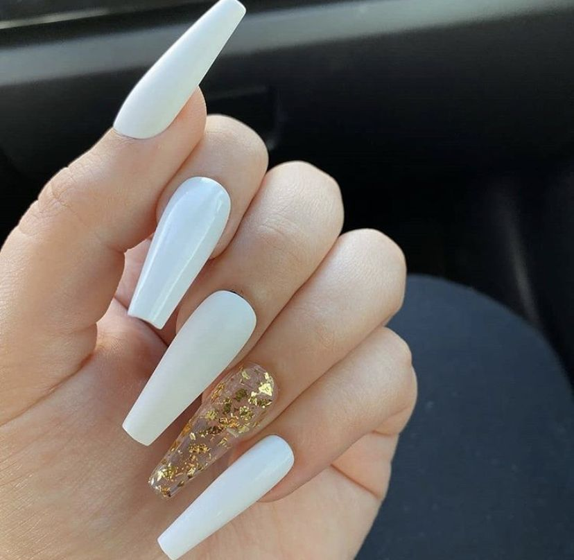Pin By Ces On Claws In 2020 White Acrylic Nails Acrylic Nails Swag Nails