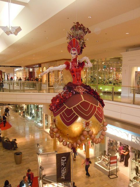 Fashion show mall christmas decorations las vegas flickr for When does las vegas decorate for christmas