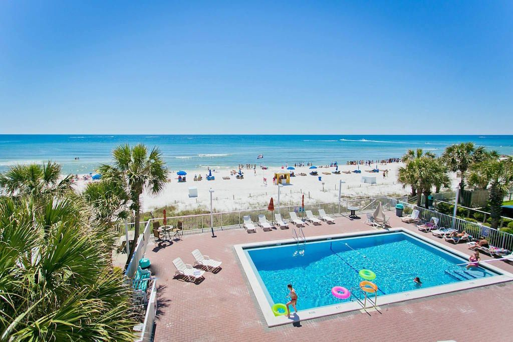 Florida Beach Access Imperiled In Clash With Panhandle Landowners The Rights Of Beach Front Landowners Florida Tourism Bikini Beach Resort Panama City Hotels
