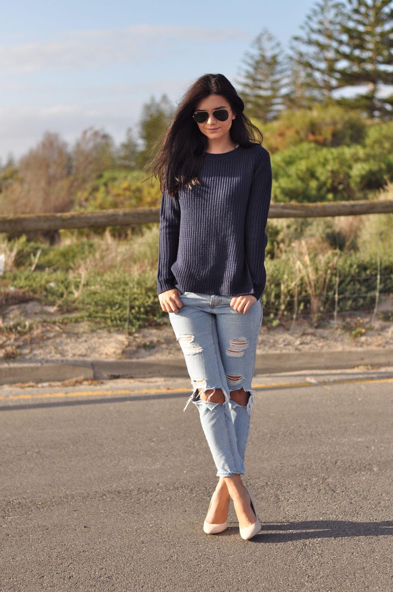 simple sweater + boyfriend jeans