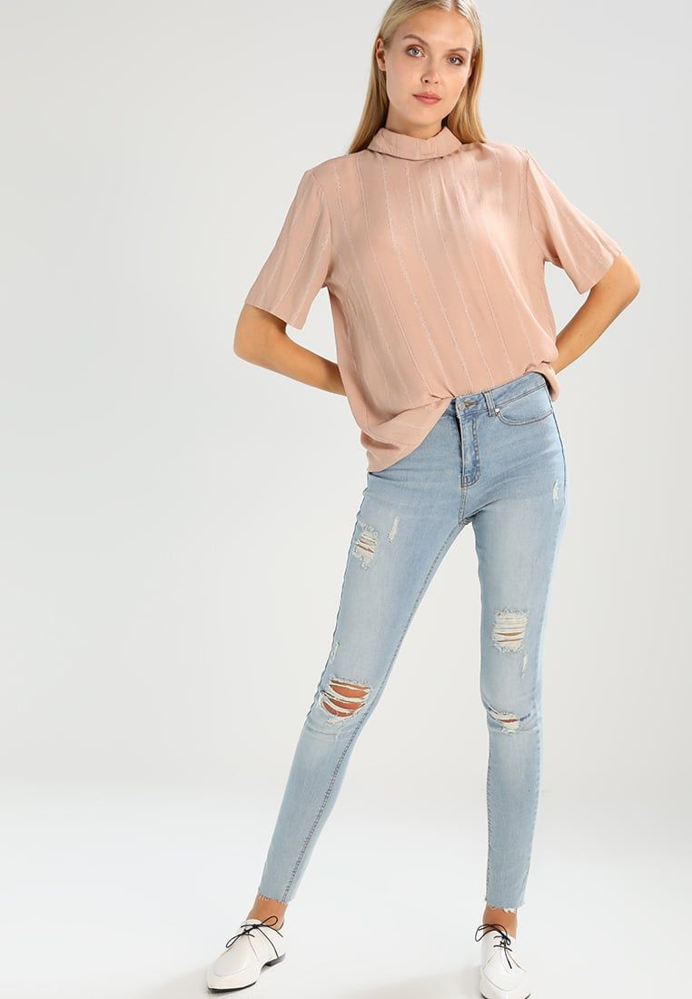 ¡Consigue este tipo de blusas de YAS Tall ahora! Haz clic para ver los detalles. Envíos gratis a toda España. YAS Tall YASALENA  Blusa mahogany rose: YAS Tall YASALENA  Blusa mahogany rose Ofertas   | Material exterior: 98% viscosa, 2% elastano | Ofertas ¡Haz tu pedido   y disfruta de gastos de enví-o gratuitos! (blusas, blusa, blusón, blusones, blouses, blouse, smock, blouson, peasant top, blusen, blusas, chemisiers, bluse, blusas)