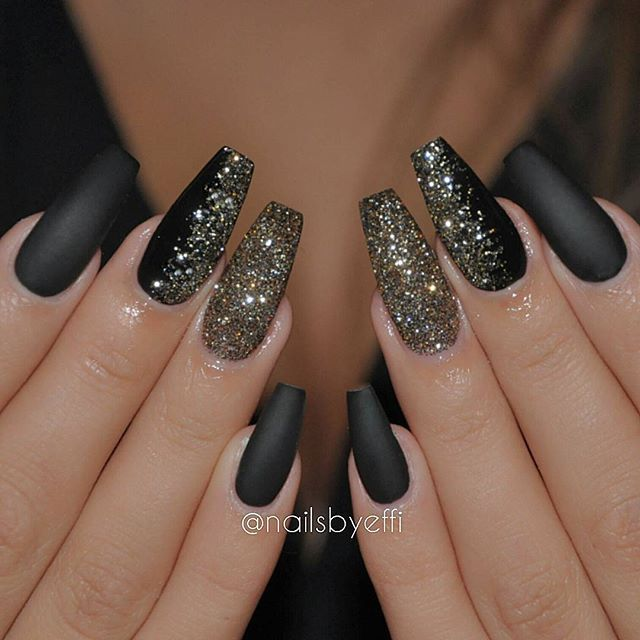 Matte black gel with gold and black glitter❤❤❤ | Nails ...